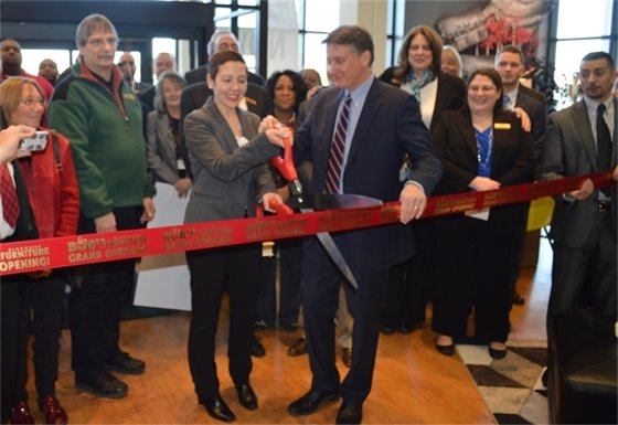 Bob's Discount Furniture Ribbon Cutting