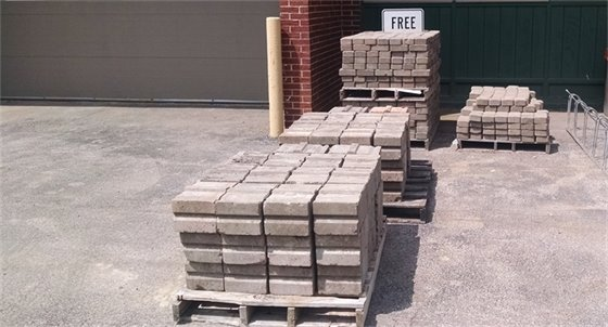 Free landscape bricks