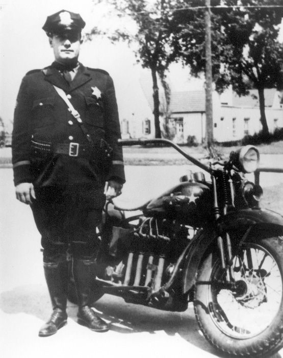 1930 Henderson Motorcycle - Ofc Karl Pearson